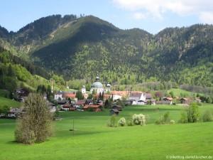 von-eschenlohe-um-die-ammergauer-alpen_03